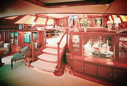 mega yacht restoration